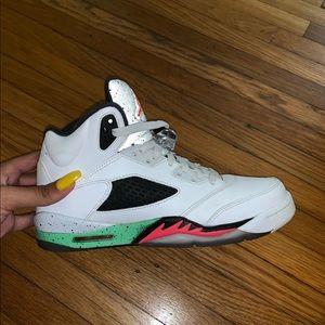 Air Jordan V Poison Green Pro star. Size 7Y